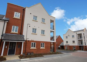 Thumbnail 2 bedroom flat for sale in Le Marechal Avenue, Bursledon