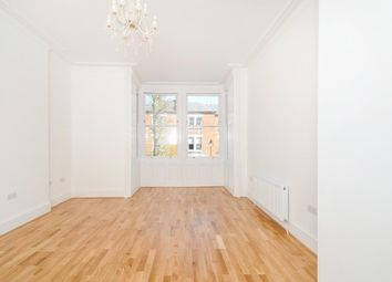 Thumbnail 2 bedroom flat for sale in Parliament Hill, Hampstead