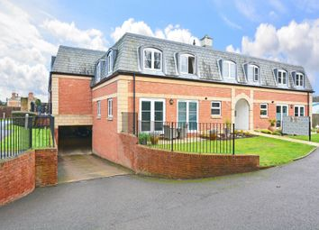 Thumbnail 2 bed flat for sale in Crabbett Park, Worth