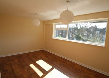 Thumbnail 2 bedroom flat to rent in Hornsey Road, Islington