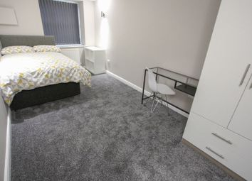 Thumbnail 3 bed flat to rent in Upper Parliament Street, Toxteth, Liverpool