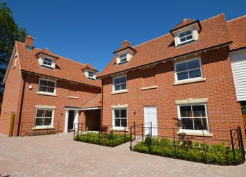 Thumbnail 4 bed link-detached house for sale in Williams Walk, Colchester