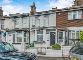 Thumbnail 2 bed property to rent in Gordon Road, Strood, Rochester