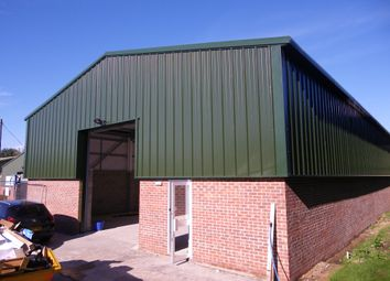 Thumbnail Warehouse to let in Red Shute Hill Industrial Estate, Hermitage