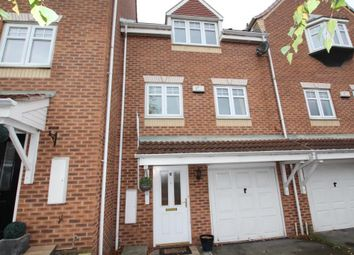 Thumbnail 3 bed town house for sale in Sandpiper Road, Calder Grove, Wakefield