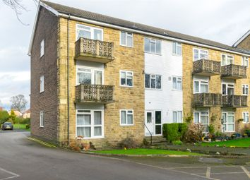 2 bed flat for sale in Woodlea Court, Shadwell, Leeds LS17