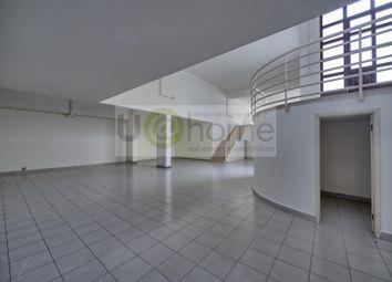 Thumbnail Property for sale in Santos (Santos-O-Velho), Estrela, Lisboa