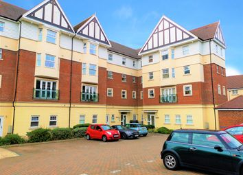 Thumbnail 2 bedroom flat to rent in Apprentice Drive, Colchester