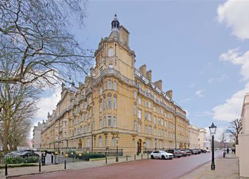 Thumbnail 4 bed flat to rent in Brunswick Place, Regent's Park, London