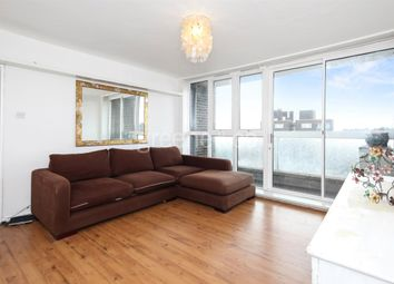 2 bed flat to rent in Fleet Road, London NW3