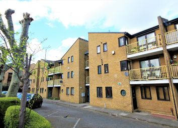 Thumbnail 2 bed flat to rent in Cleveland Way, Stepney Way