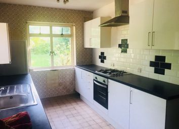 Thumbnail 3 bedroom bungalow to rent in Woodlands Avenue, Hornchurch