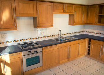 2 bed flat to rent in Marshall Square, Southampton SO15