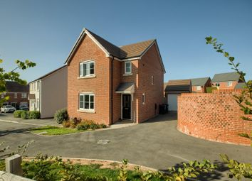 3 bed detached house for sale in Duckett Place, Whitnash, Leamington Spa CV31