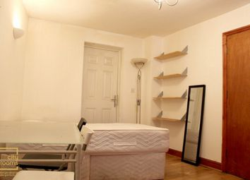 Thumbnail Room to rent in Summercourt Road, Limehouse