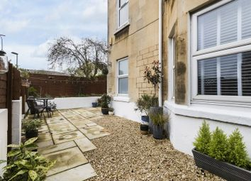 2 bed flat for sale in Lower Oldfield Park, Bath BA2