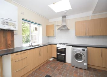 5 bed terraced house to rent in Vectis Road, Tooting, London SW17