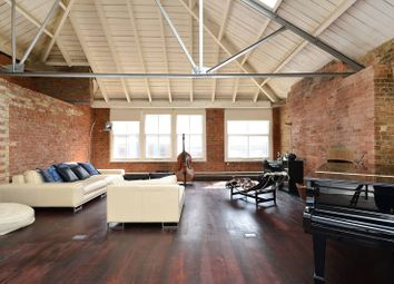 Thumbnail 1 bed flat to rent in Mallow Street, Clerkenwell