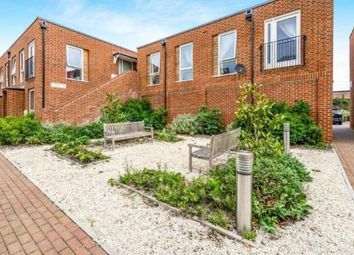 Thumbnail 2 bed flat for sale in Midhurst, West Sussex, UK