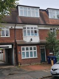 Thumbnail 3 bedroom flat to rent in Radbourne Avenue, Ealing