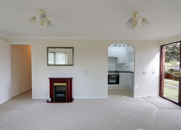 Imperial Avenue, Westcliff-On-Sea SS0. 2 bed flat