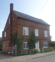 Thumbnail 6 bed detached house to rent in Holme Lodge Farmhouse, Main Street, Normanton On Soar, Nottinghamshire