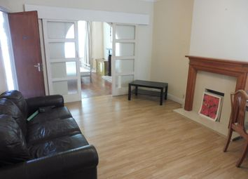 Thumbnail 1 bedroom flat to rent in Caerphilly Road, Heath, Cardiff