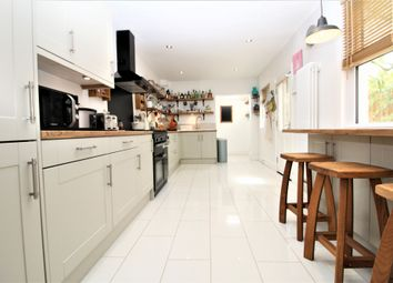 Thumbnail 4 bed detached house to rent in Maple Road, Penge
