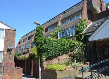 2 bed maisonette to rent in Trimmer Walk, Brentford TW8