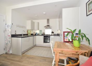 West Green Drive, West Green, Crawley, West Sussex RH11. 1 bed flat
