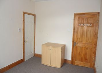 Thumbnail 5 bed flat to rent in Plumbers Row, Whitechapel, London
