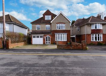 5 bed detached house for sale in Swallowcliffe Gardens, Yeovil BA20