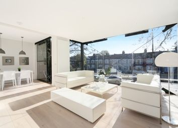 Thumbnail 3 bed property to rent in North Eyot Gardens, Chiswick
