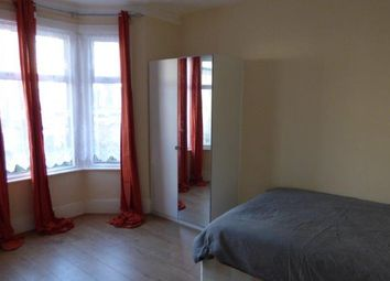 Thumbnail 6 bed terraced house to rent in Borthwick Road, Stratford