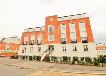 Thumbnail 2 bedroom flat to rent in Dragon Road, Hatfield