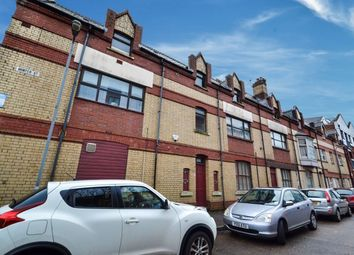 Thumbnail 1 bed flat to rent in Hunter Street, Cardiff