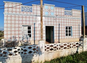 Thumbnail 2 bed detached bungalow for sale in Fuseta, Moncarapacho E Fuseta, Olhão, East Algarve, Portugal