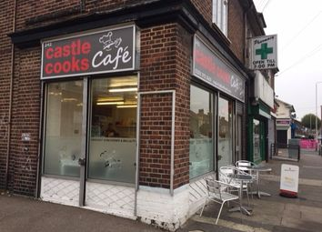 Thumbnail Restaurant/cafe for sale in Bennetts Castle Lane, Becontree, Dagenham