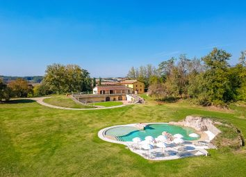 Thumbnail Farm for sale in Vicchio, Firenze, Toscana