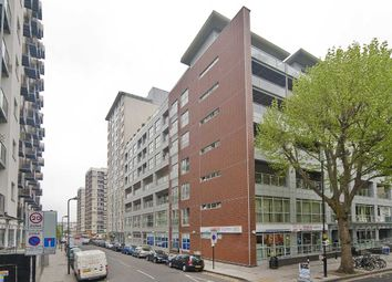Thumbnail 4 bed flat to rent in Balmes Road, London, Islington