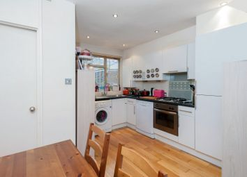 Thumbnail 2 bed flat to rent in Chatham Court, Battersea