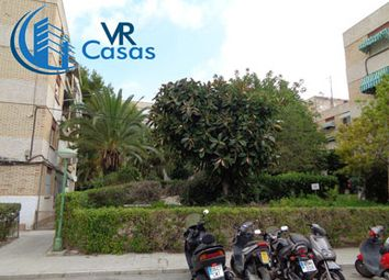 Thumbnail 1 bed apartment for sale in Calle Pintor Antonio Amoros, 5, Spain