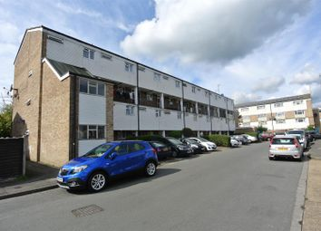 Thumbnail 2 bedroom flat for sale in Brookfield, Horsell, Woking
