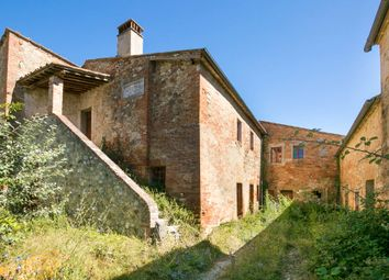 Thumbnail 6 bed country house for sale in Ss 73 Senese Aretina, Castelnuovo Berardenga, Siena, Italy