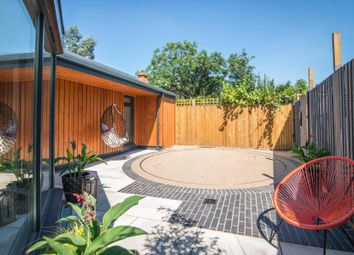 Thumbnail 2 bed property for sale in Chestnut Mews, East Sheen