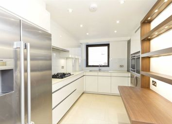Thumbnail 3 bed flat to rent in Avenue Road, London
