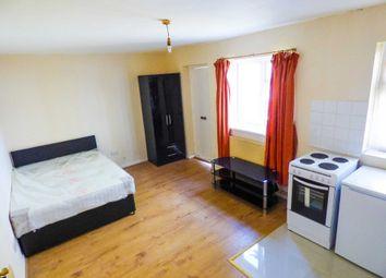 Thumbnail Studio to rent in Crawley Road, Luton