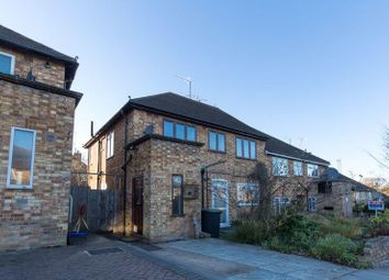 2 bed maisonette to rent in The Glade, Winchmore Hill N21