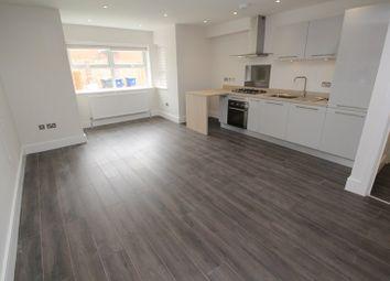 Thumbnail 2 bedroom flat to rent in Rosslyn Avenue, East Barnet, Barnet