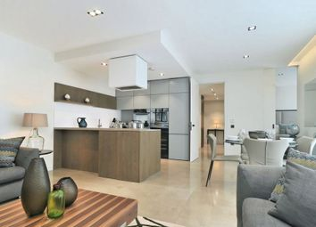 Thumbnail 1 bed flat to rent in Babmaes Street, St. James's, London
